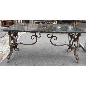 Table Basse pietement en fer foré plateau en marqueterie de labradorite
