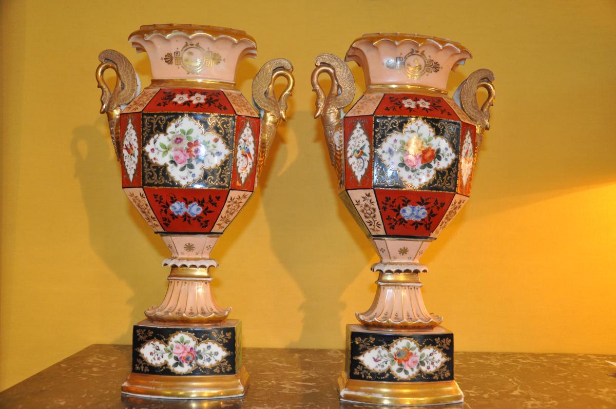 Paire De Vases Du XIXème Siècle Attribués à Jacob Petit