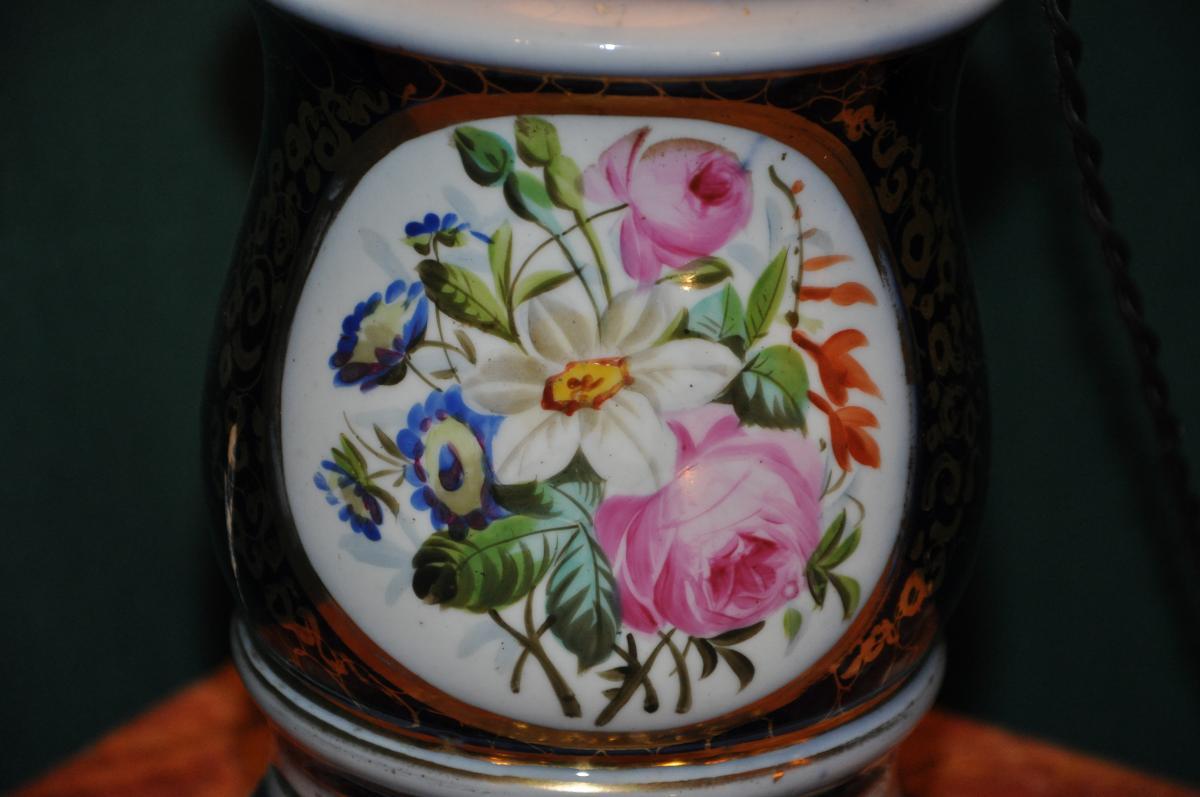 Belle Lampe Du XIXème Siècle à Décor Floral
