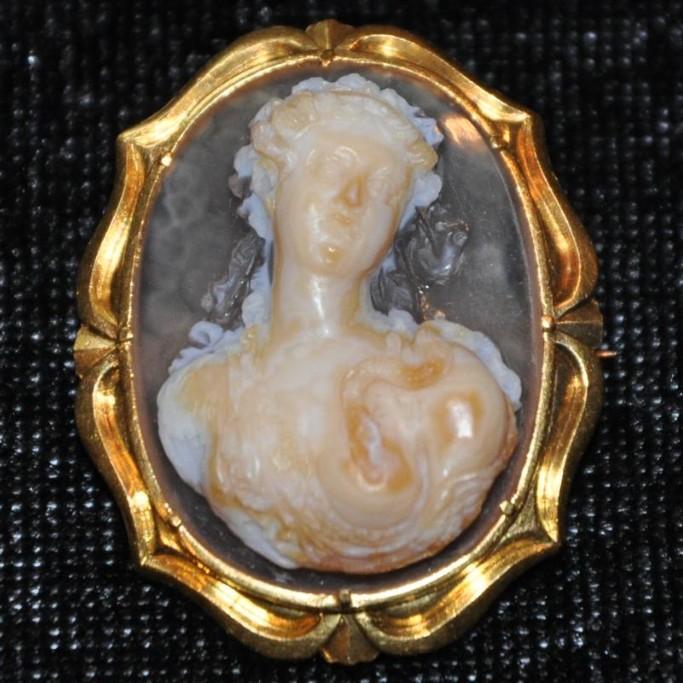 Camée En Agate : La Mort De Cléopâtre, 19 ème Siècle