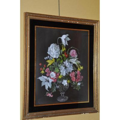 Bouquet de fleurs au vase de cristal par Desmond Kenny