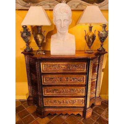 Buffet Ou Cabinet En Bas D'armoire De Style Renaissance