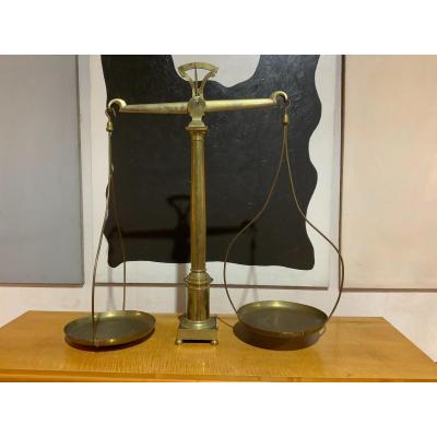 Balance Bronze Et Laiton