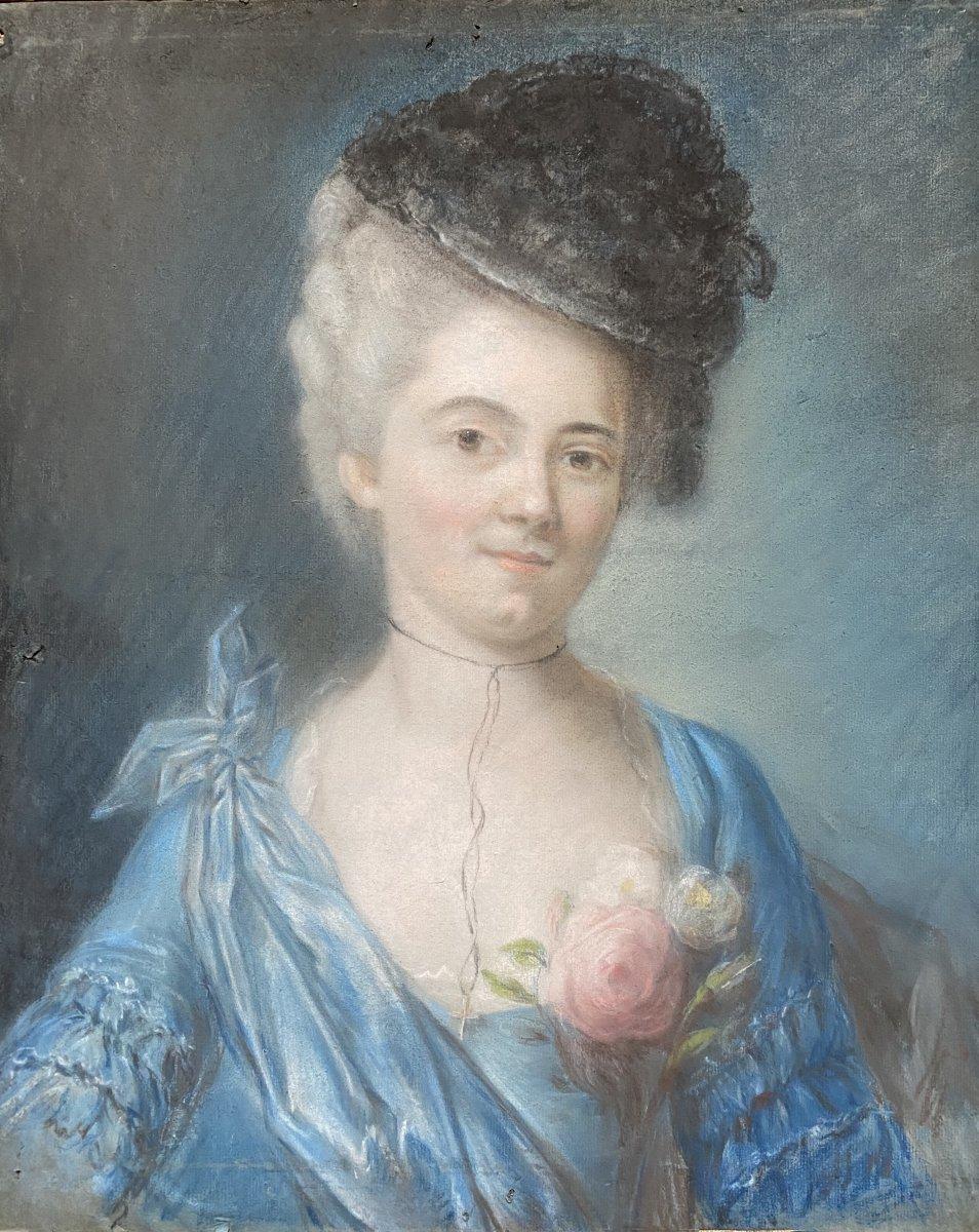 Portrait d'une dame de qualité, travail fin XVIII ème.