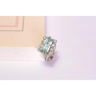 Seventies Verneuil Spinel Ring Made Of 18k White Gold