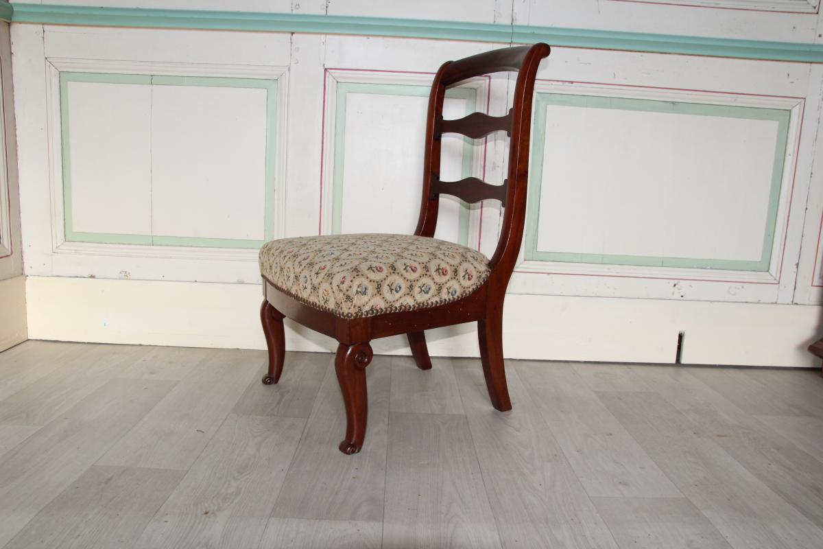 Chaise Basse Dite De Nourrice