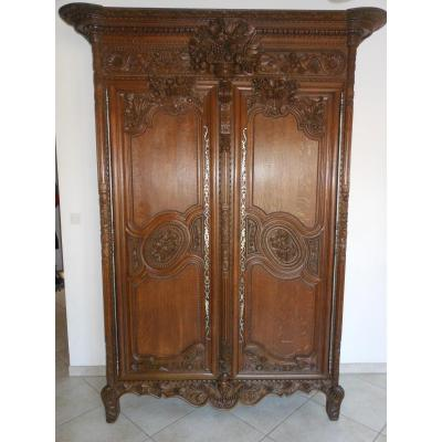 armoire ancienne sur proantic louis philippe restauration charles x. Black Bedroom Furniture Sets. Home Design Ideas