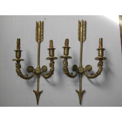 Paire Appliques Flèche Bronze Doré Décor Fou Du Roi