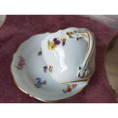 Tasse En Porcelaine De Meissen