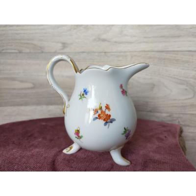 Pot A Lait En Porcelaine De Meissen