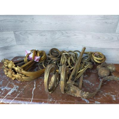 Lot Of Tiebacks With Bronze Curtains And Rings