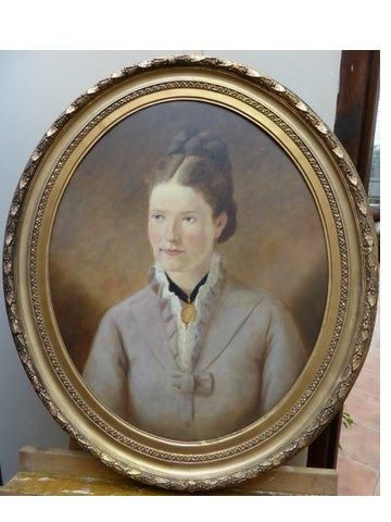 Late 19th Century Oil Portrait Of Young Lady Wearing Gold Broach