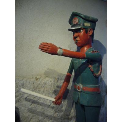 Articulated African Colonist Statue Italian Police Soldier
