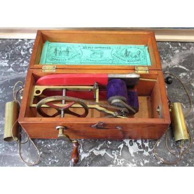 Appareil Magnéto-électrique à Usage Médical - Circa 1880