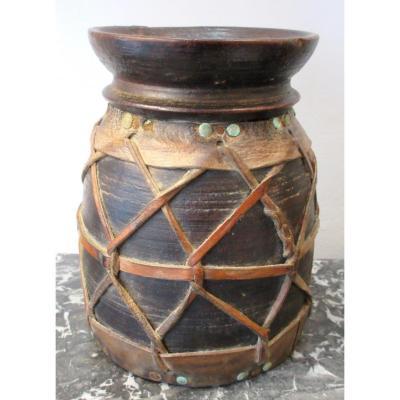 Pot Bois Et Cuir Guinée