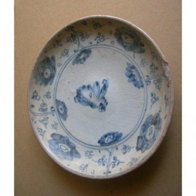 Assiette en grès décor bleu blanc - Vietnam  16-17éme
