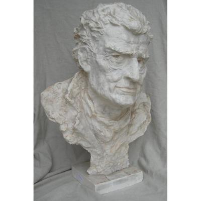 Joseph KESSEL : buste en plâtre original par MJ Cotelle-Clere (1914-2005) - H 65cm