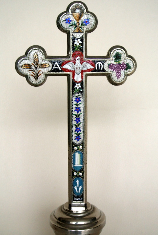 Crucifix Orné De Micro-mosaïque