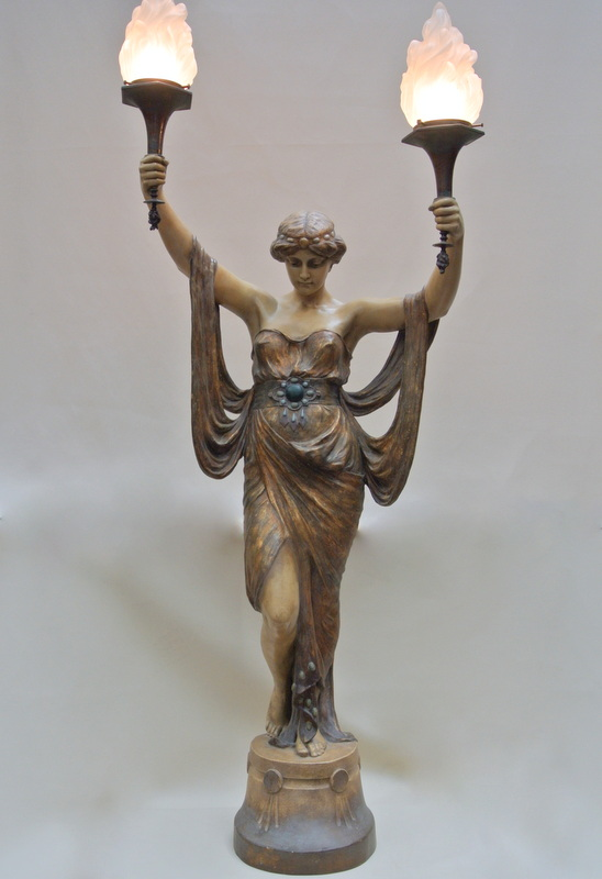 Statue En Terre Cuite  époque Art-nouveau de Goldscheider
