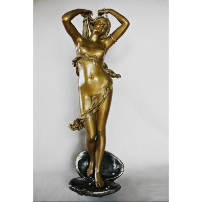 """Venus"" par Emile Laporte"