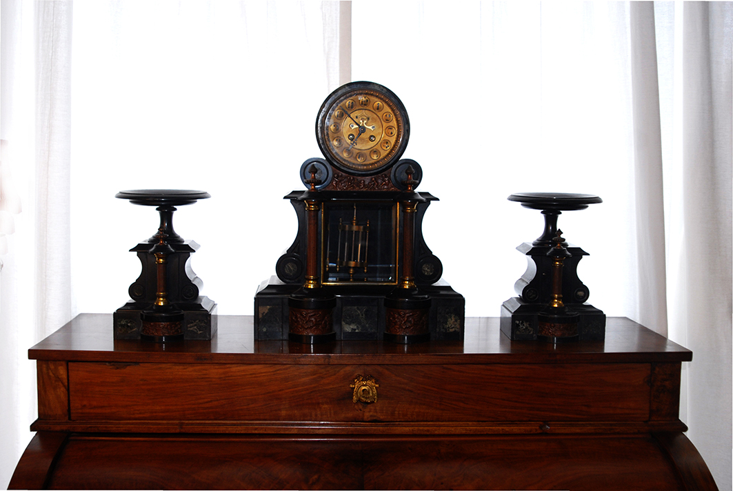 """Garniture De Cheminée, Modèle """" à La Renaissance"""", Balancier Au Mercure, Pendule, XIX Eme"""
