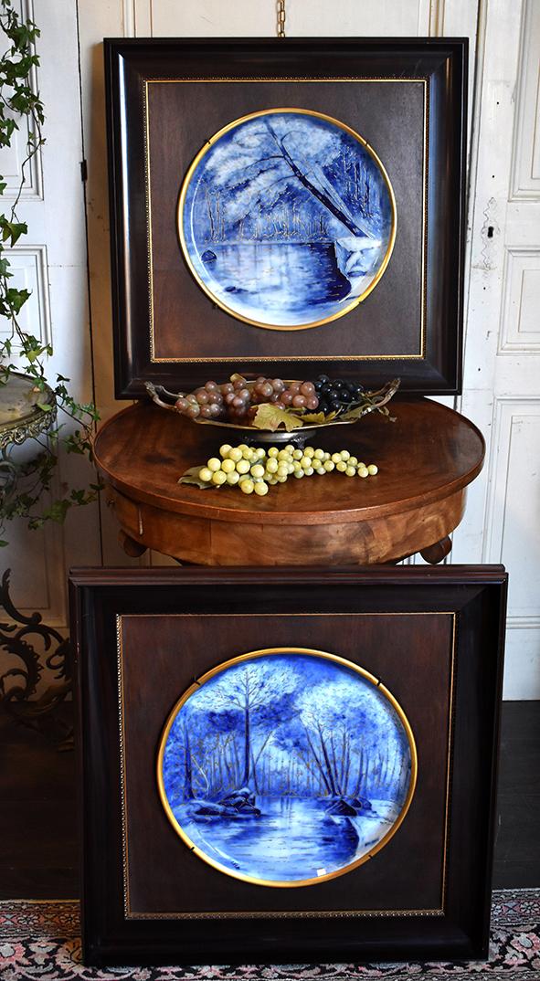 Paire De Grands Plats Décoratifs En Porcelaine De Limoges, Décor De Paysages, Peints Main