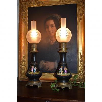 Paire De Lampes à Pétrole Napoleon III, Décor Entièrement Peint Main, XIXeme