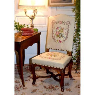 Chaise à Haut Dossier De Style Régence, Tissu Brodé Aux Petits Points, Décor De Roses, XIX ème