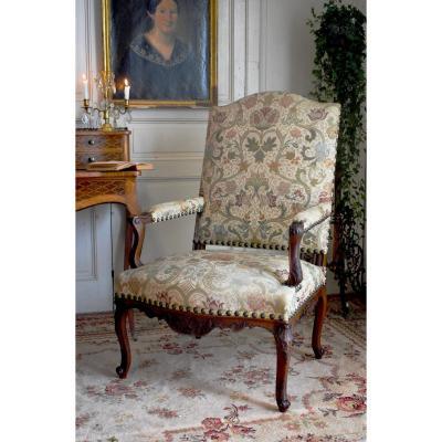 Grand Fauteuil De Style Régence à Haut Dossier, Tissu à La Rose Tudor, Epoque XIX ème