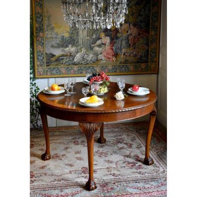 Table De Salle à Manger Chippendale En Noyer , Par La Maison Jellinek au Faubourg Saint Antoine