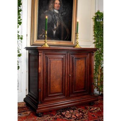 Renaissance / Haute Epoque Style Low Buffet In Speckled Mahogany, Column Cabinet, XIX Eme