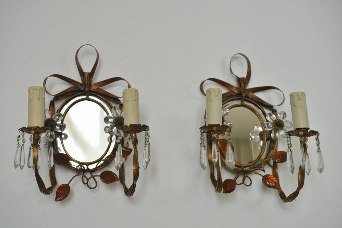 Pair Of Appliques. Style House Rings.