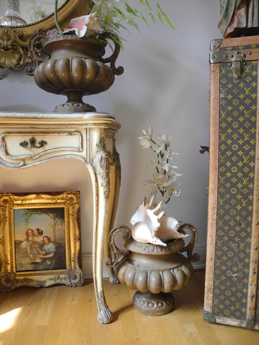 Paire De Vasques De Jardin En Fonte. Napoléon III ...