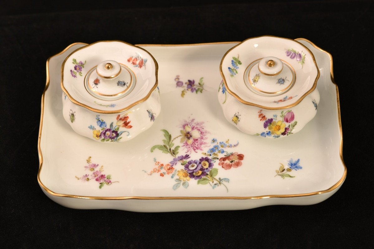 Meissen. Encrier Porte-plume . Porcelaine Allemande 1900