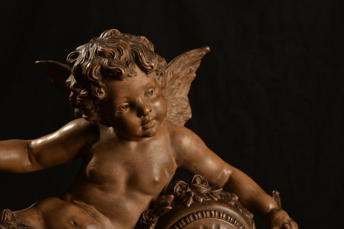 Sculpture En Terre Cuite. Angelot XXème. Moreau.