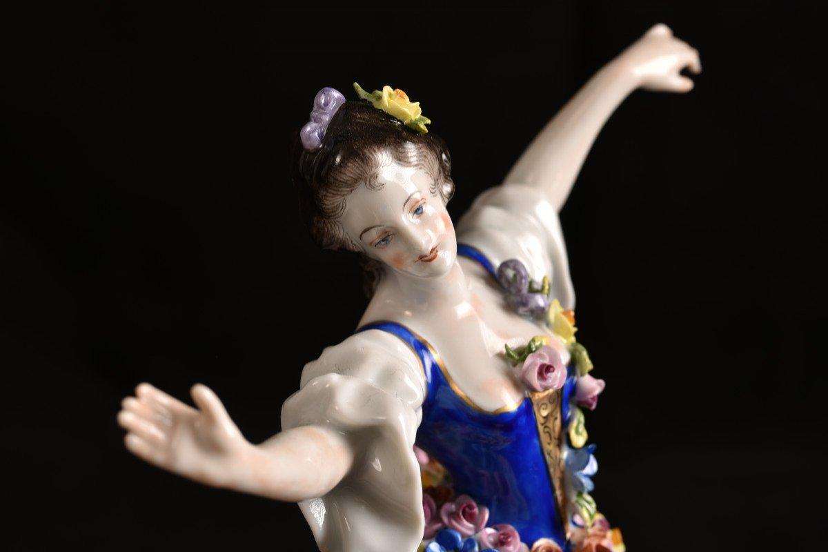 Aelteste Volkstedt. Die Rosendame. La Dame Aux Roses.-photo-4