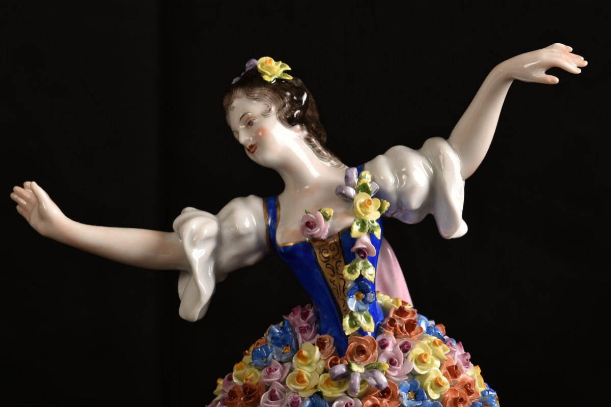Aelteste Volkstedt. Die Rosendame. La Dame Aux Roses.-photo-8