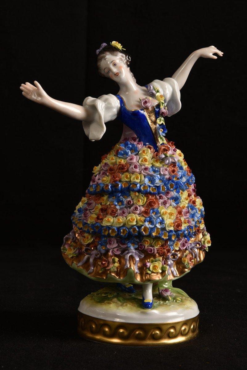 Aelteste Volkstedt. Die Rosendame. La Dame Aux Roses.