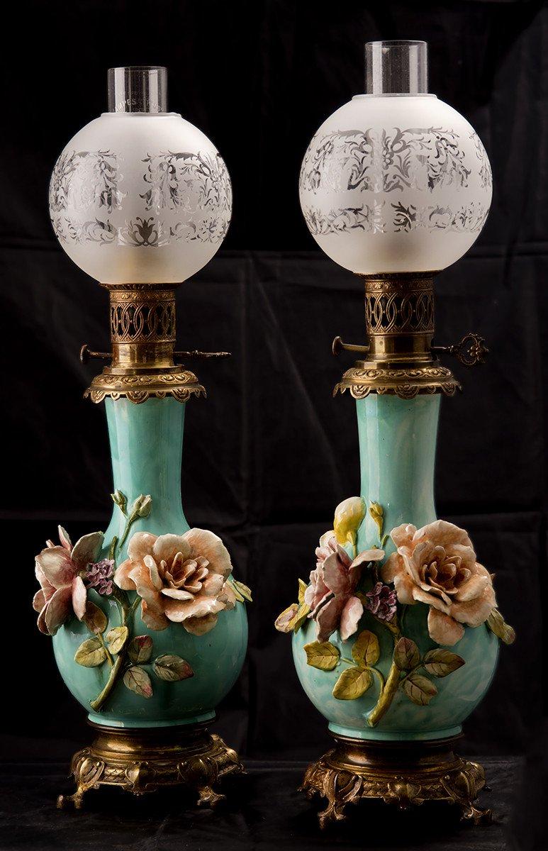 Paire De Lampes à Pétrole. Barbotine. Art Nouveau.