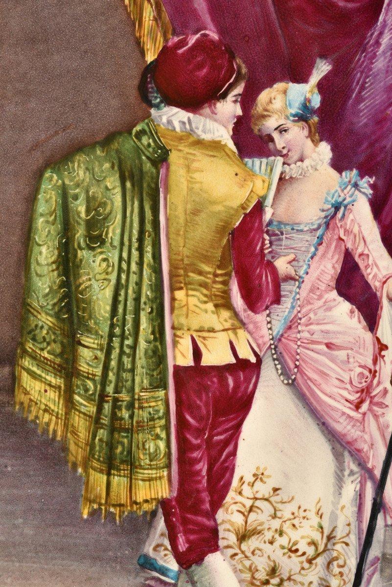 Plaque De Porcelaine. Couple En Habit Renaissance.