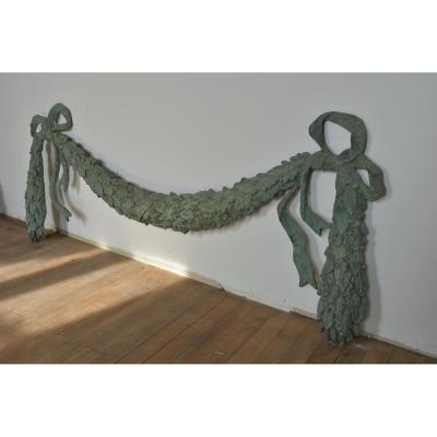 Guirlande En Bronze Patine Verte.