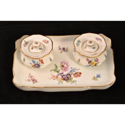 Meissen. Inkwell Pen Holder. German Porcelain 1900