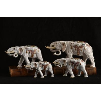 Group Of Elephants. 20th Century Porcelain.