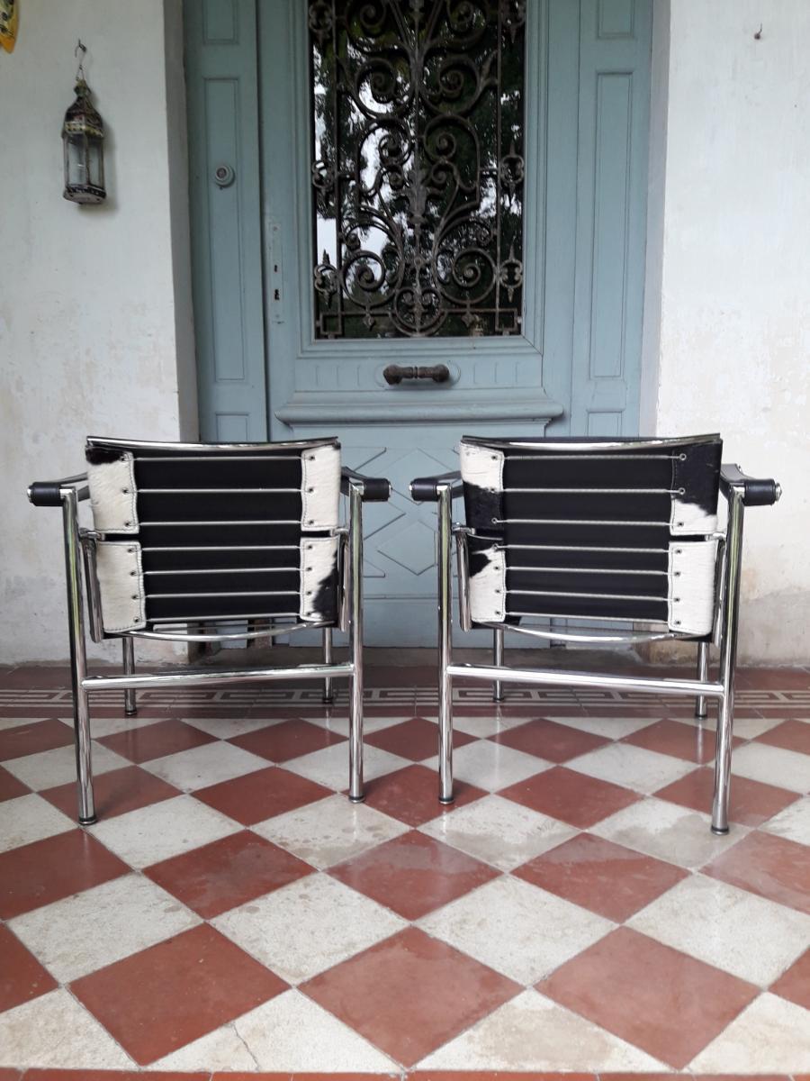 Paire De Fauteuils LC1 - Le Corbusier