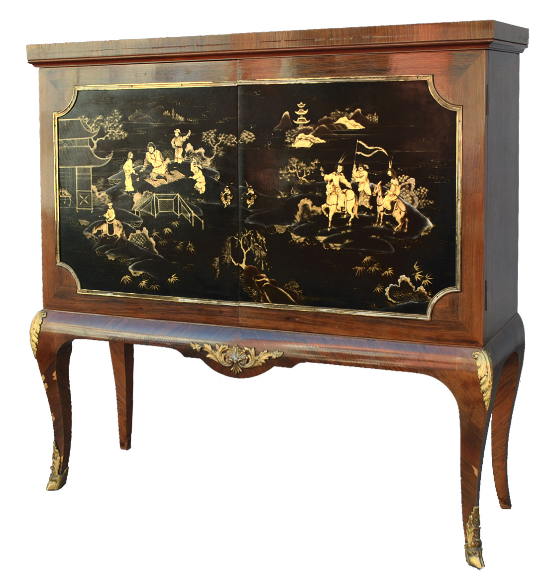 bahut porte palissandre style louis xv laque du japon. Black Bedroom Furniture Sets. Home Design Ideas