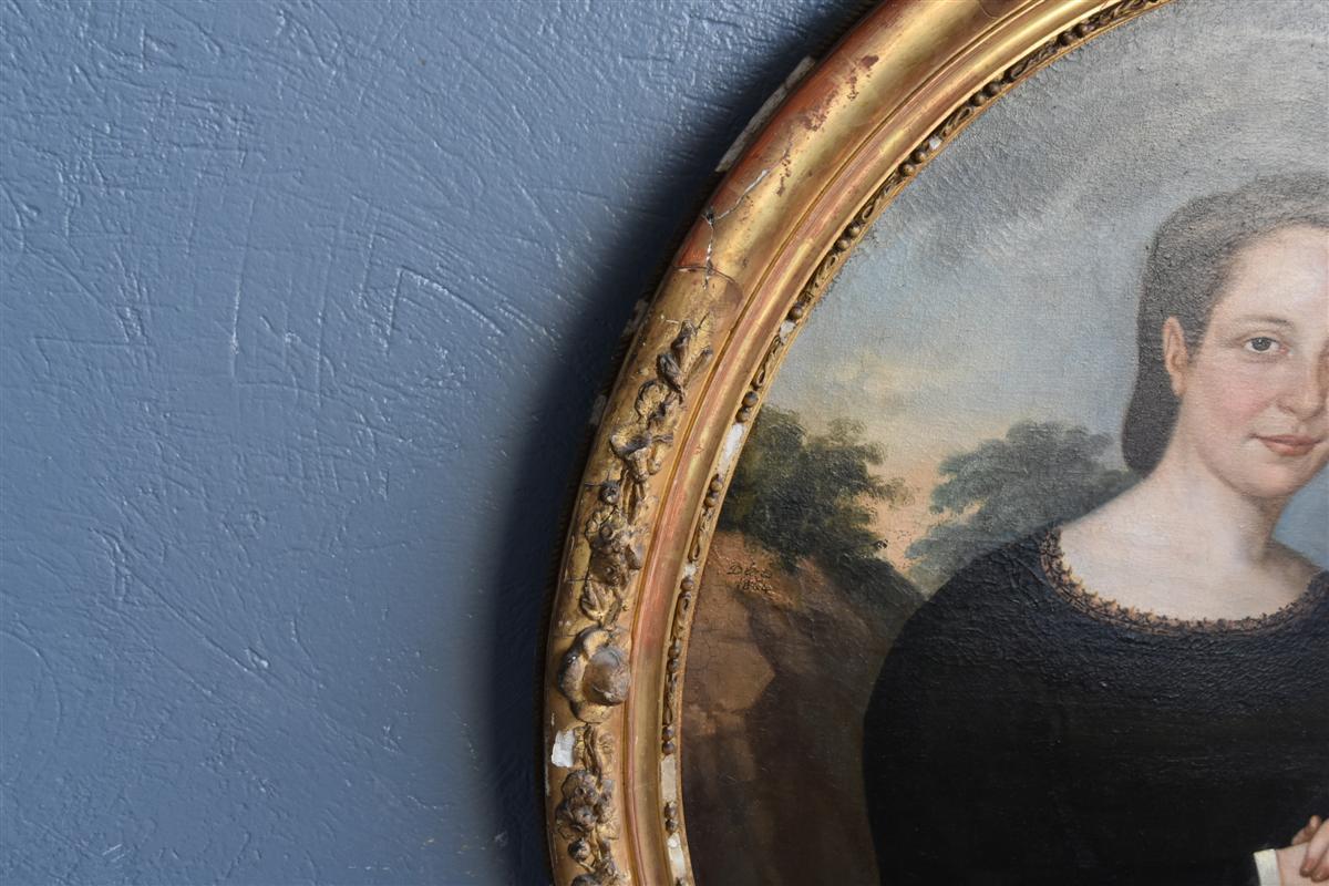 Portrait En Médaillon Jeune Femme époque XIXème -photo-1