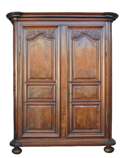 armoire noyer louis xiv poque xviii me armoires. Black Bedroom Furniture Sets. Home Design Ideas