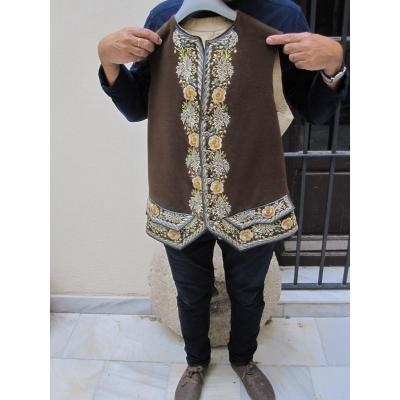 Vest Of S. XVIII In Fabric Embroidered In Colored Silk. Impeccable And Rare
