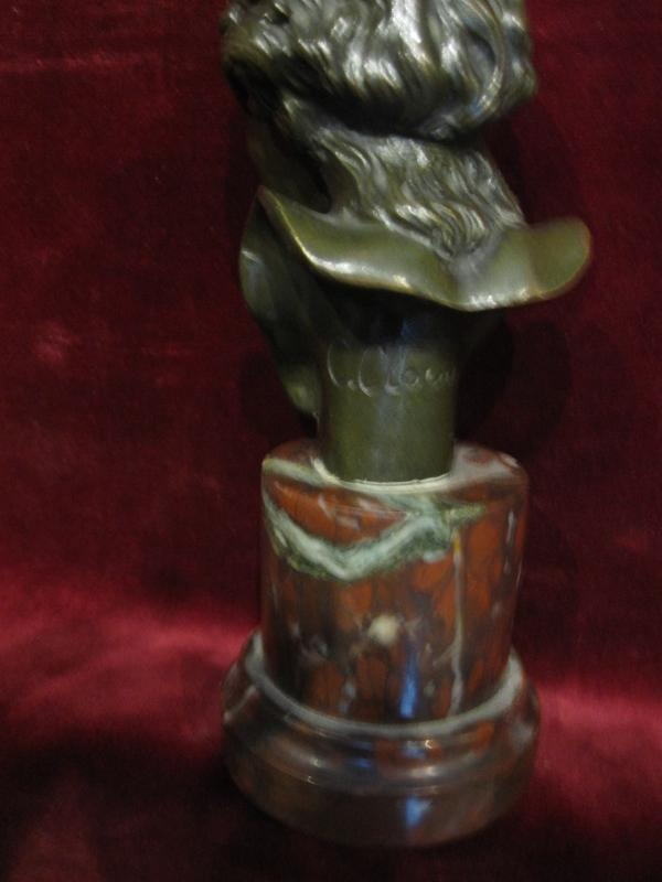 Small Bust Of A Child. Bronze And Marble. Signed C. Clovu. Nineteenth Century-photo-2