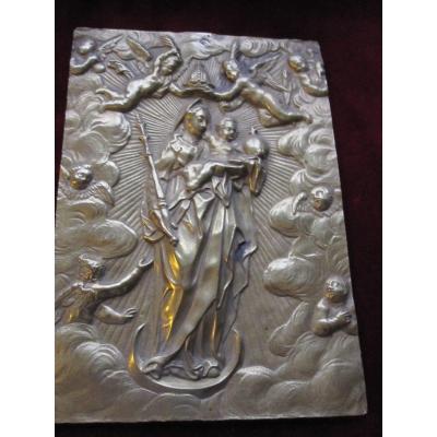 Vierge Couronnée d'Anges. Plaque De Dévotion En Bronze. Habsbourg XVIIe Siècle